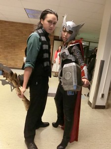 Loki and Fem!Thor take the prize for Judge's Award home during our Cosplay Contest Walk-off! o w  o)///